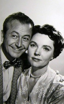 Jane Wyatt & Robert Young - Papa A Raison