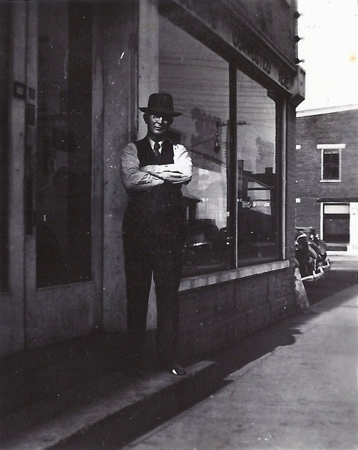 Store owner? | J. M. Shafer Staff Photographer Altoona Mirror