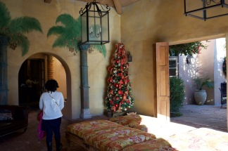 Christmas at the Royal Palms - 4