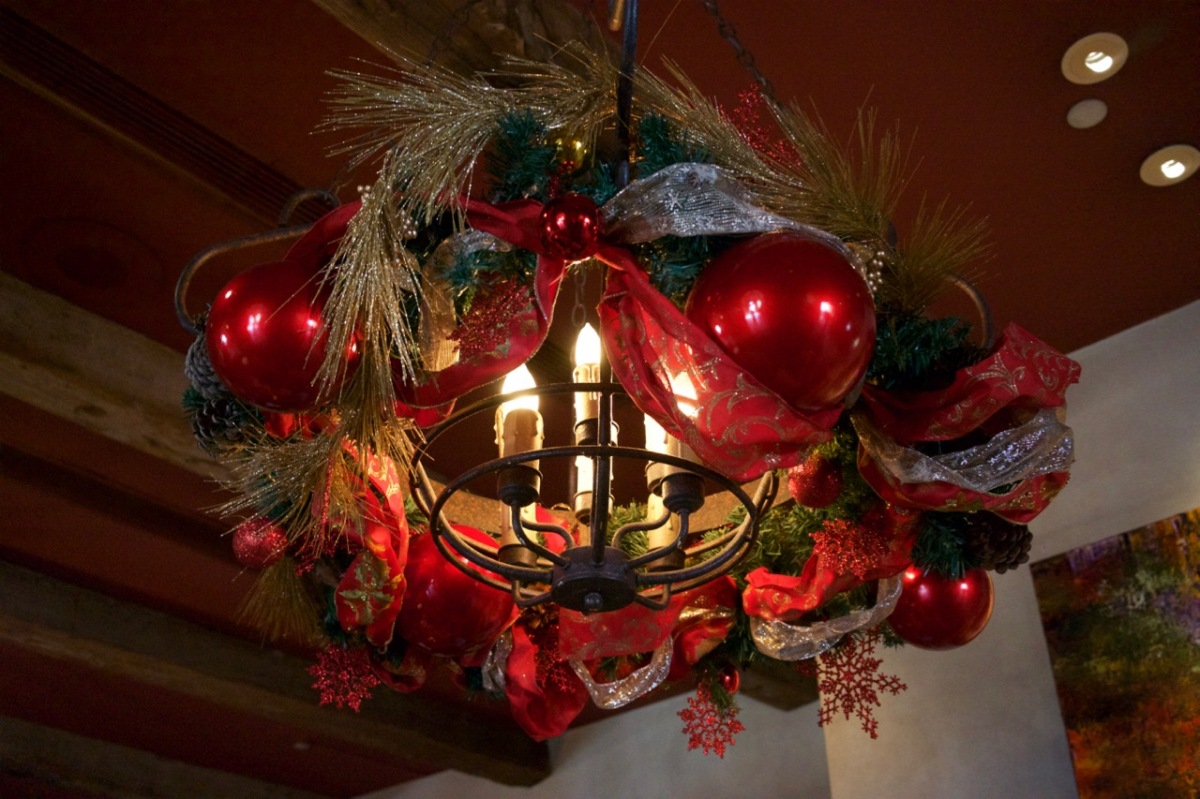 Christmas at the Royal Palms - 6